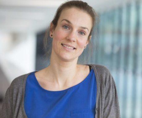 Interview met Femke Nouwens:  onderzoek naar effectiviteit afasietherapie